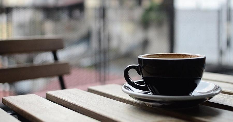qatar to close cafes restaurants